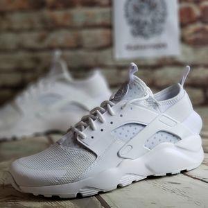 "Nike Huarache Run Ultra ""Triple White"" 🆕️🔥🔥"